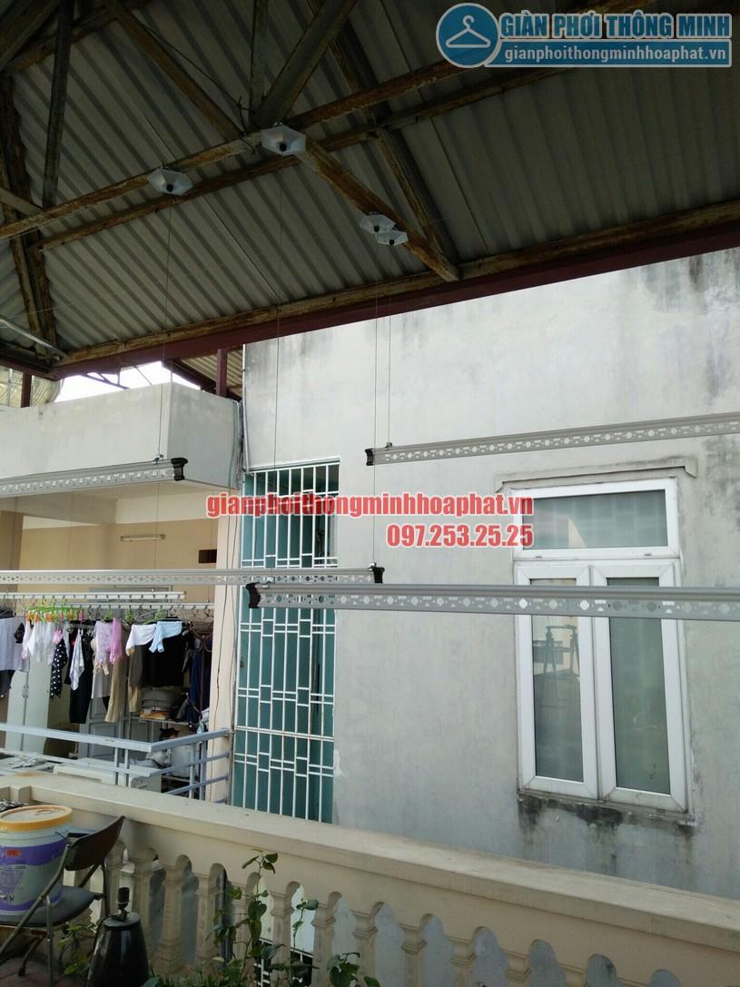 Lắp giàn phơi trên nền trần mái tôn nhà chị Nhung phường Đại Mỗ, Nam Từ Liêm, Hà Nội-01