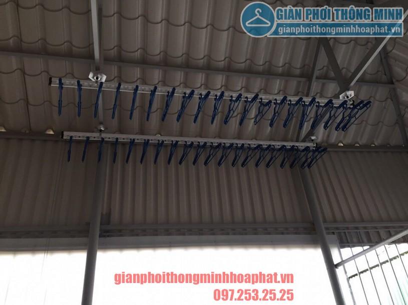Thi công lắp đặt giàn phơi tại trần mái tôn nhà anh Tam ngõ 8 Tô Hiệu, Nguyễn Trãi, Hà Đông-01