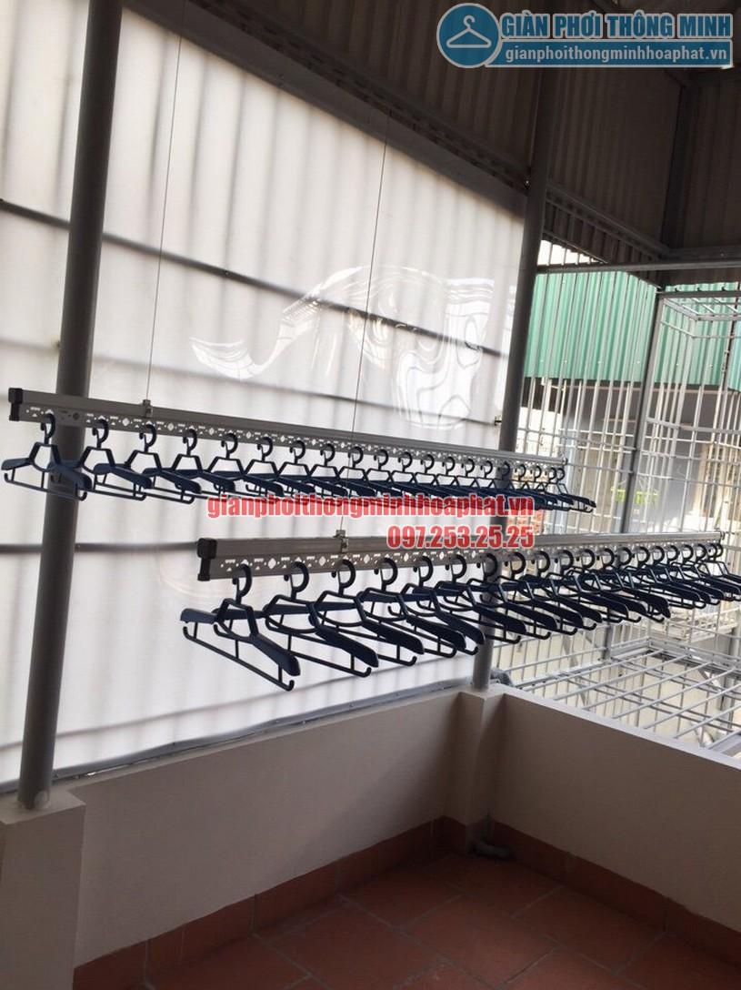 Thi công lắp đặt giàn phơi tại trần mái tôn nhà anh Tam ngõ 8 Tô Hiệu, Nguyễn Trãi, Hà Đông-03
