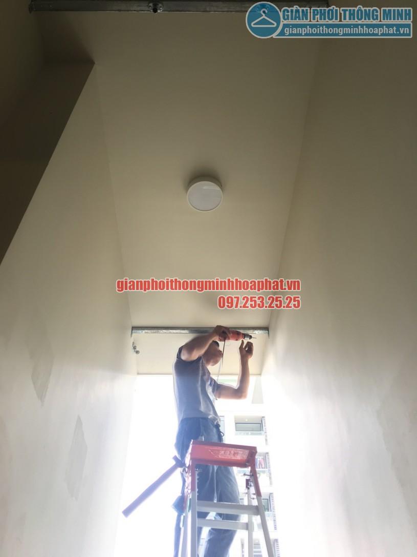 Lắp giàn phơi nhà anh Trung phòng 1606, tòa CT2B, chung cư Tràng An -01