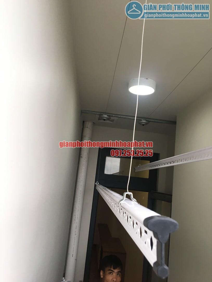 Lắp giàn phơi nhà anh Trung phòng 1606, tòa CT2B, chung cư Tràng An -11