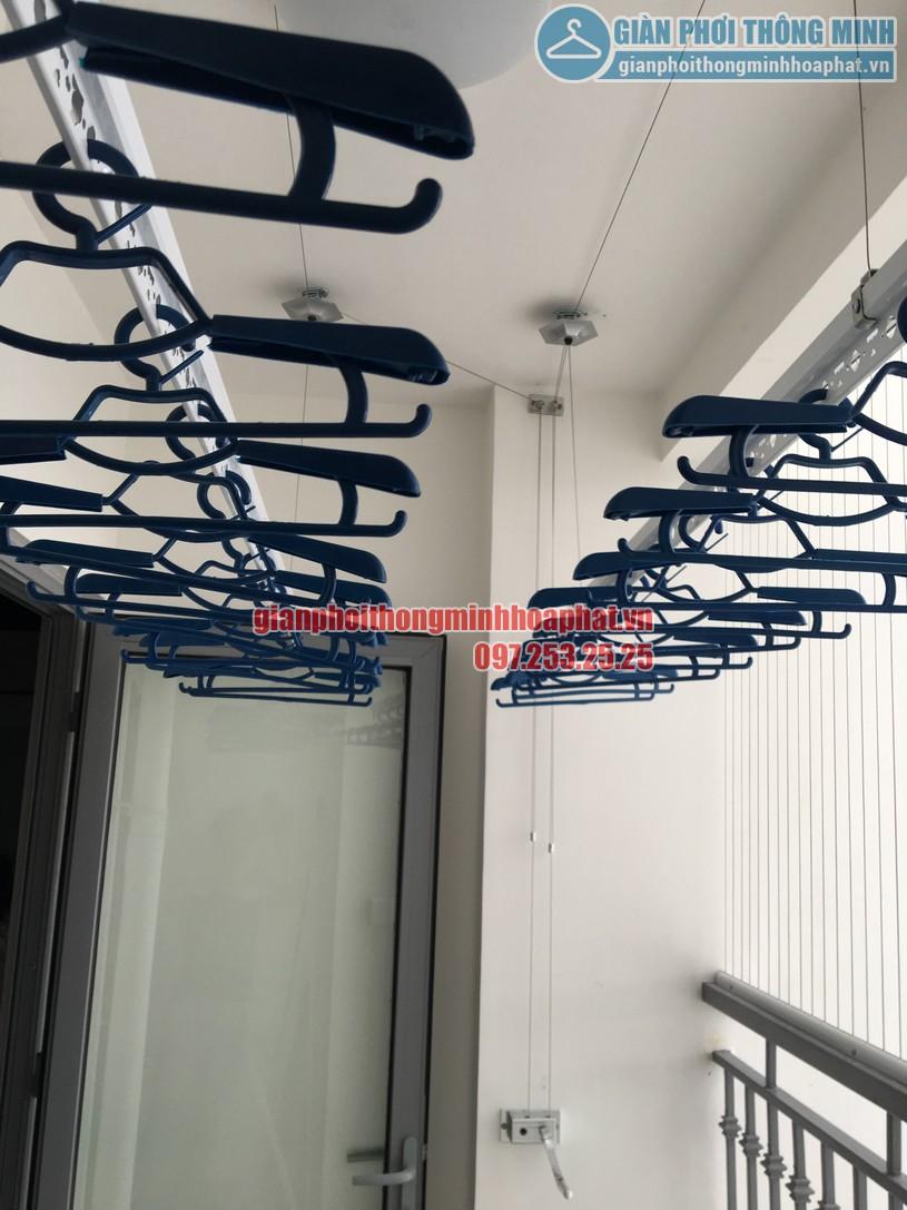 Lắp đặt giàn phơi tại nhà chị Nghĩa phòng 2511, Park 7, Park Hill-03