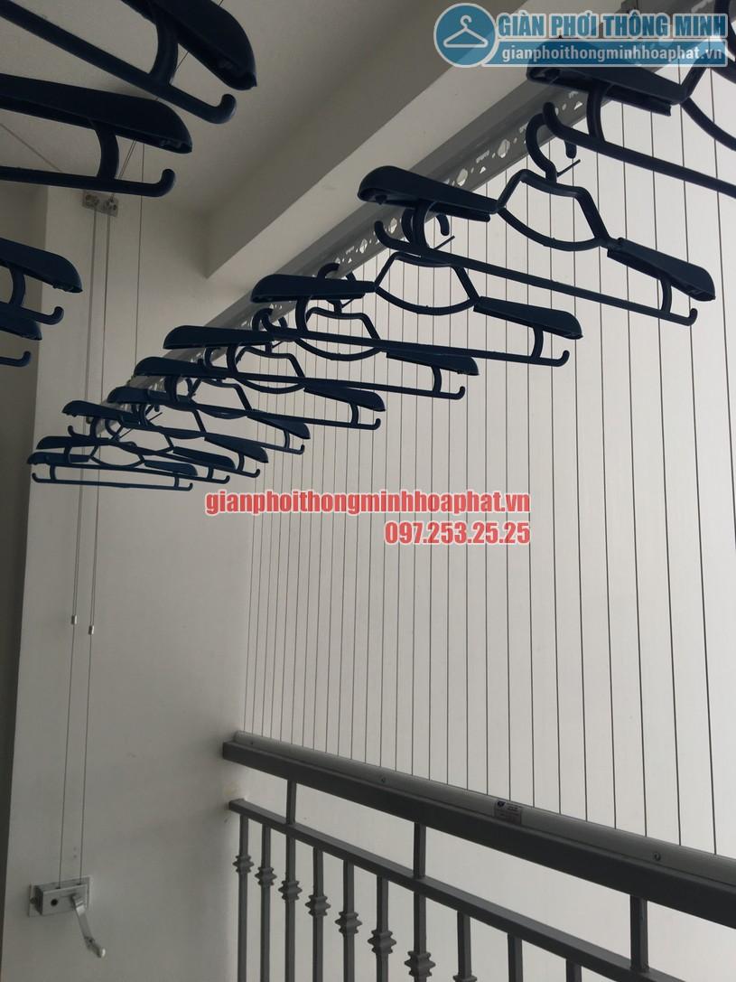 Lắp đặt giàn phơi tại nhà chị Nghĩa phòng 2511, Park 7, Park Hill-05