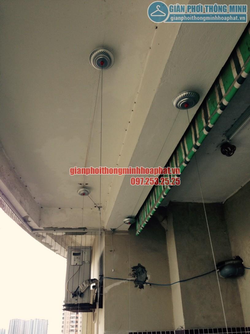 Lắp giàn phơi tại ban công nhà chị Chinh chung cư CT1A, Mỹ Đình 2-01