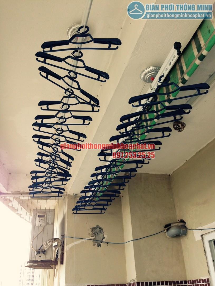 Lắp giàn phơi tại ban công nhà chị Chinh chung cư CT1A, Mỹ Đình 2-07