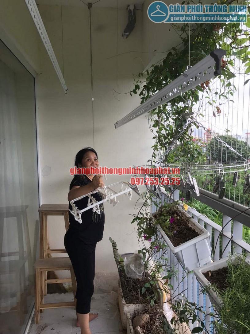 Lắp giàn phơi nhà cô Hương chung cư Viện 103, Văn Quán, Hà Đông- 04
