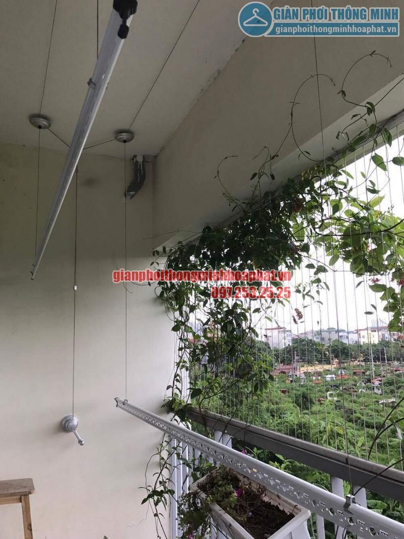Lắp giàn phơi nhà cô Hương chung cư Viện 103, Văn Quán, Hà Đông- 03