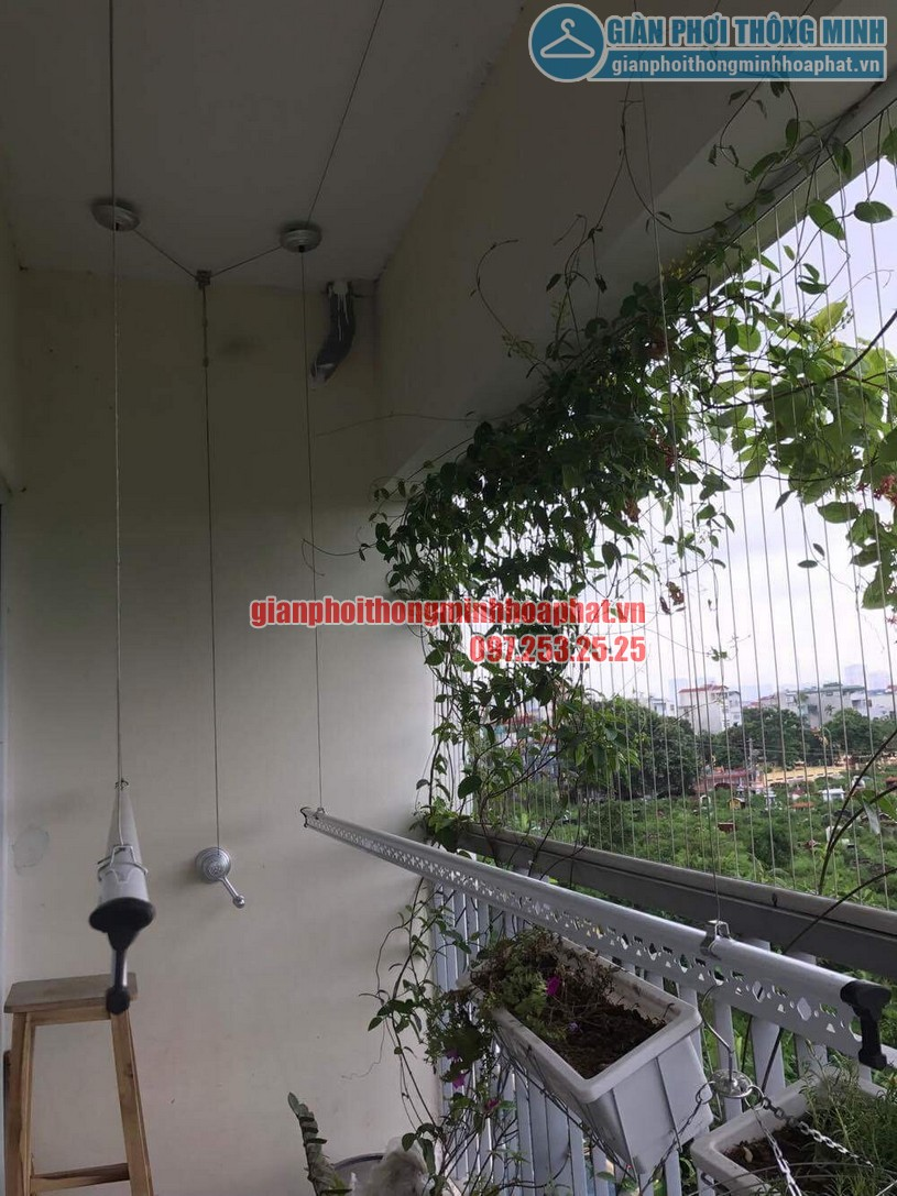 Lắp giàn phơi nhà cô Hương chung cư Viện 103, Văn Quán, Hà Đông- 02