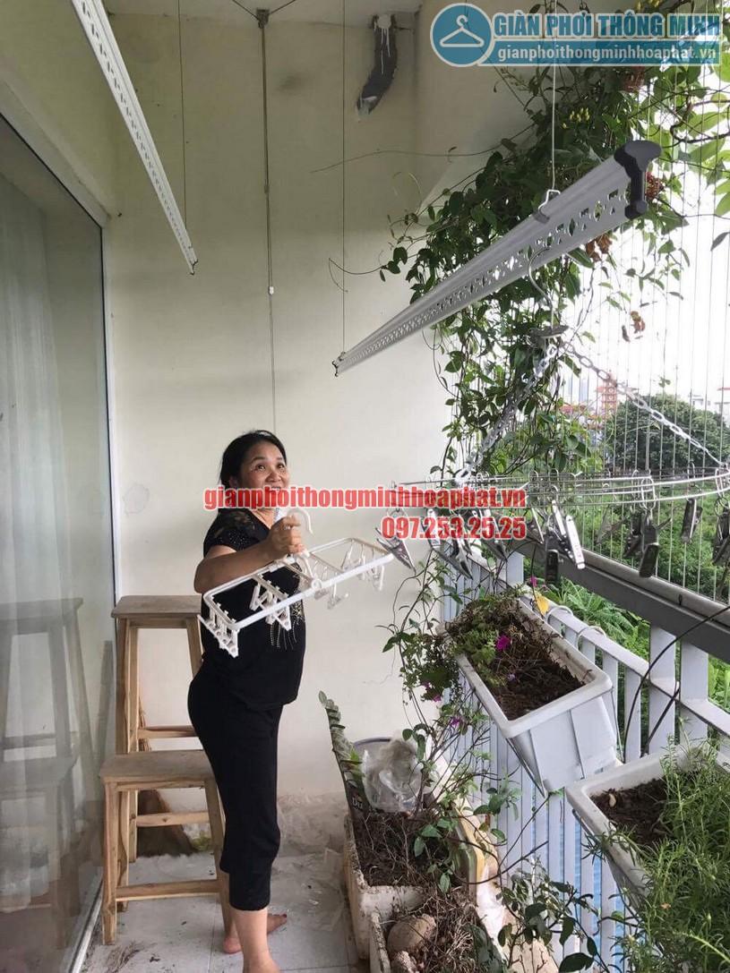Lắp giàn phơi nhà cô Hương chung cư Viện 103, Văn Quán, Hà Đông- 06