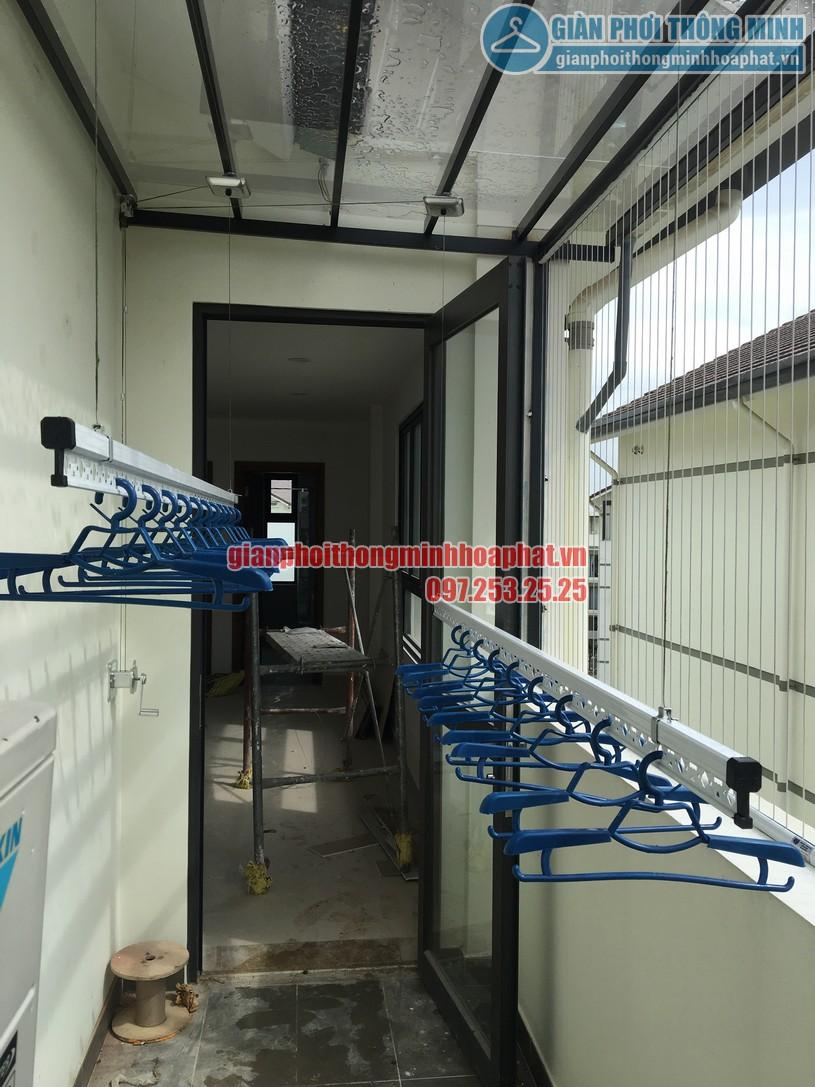 Lắp giàn phơi cho mái kính nhà anh Sáng khu LK32- Vinhomes Thăng Long-04