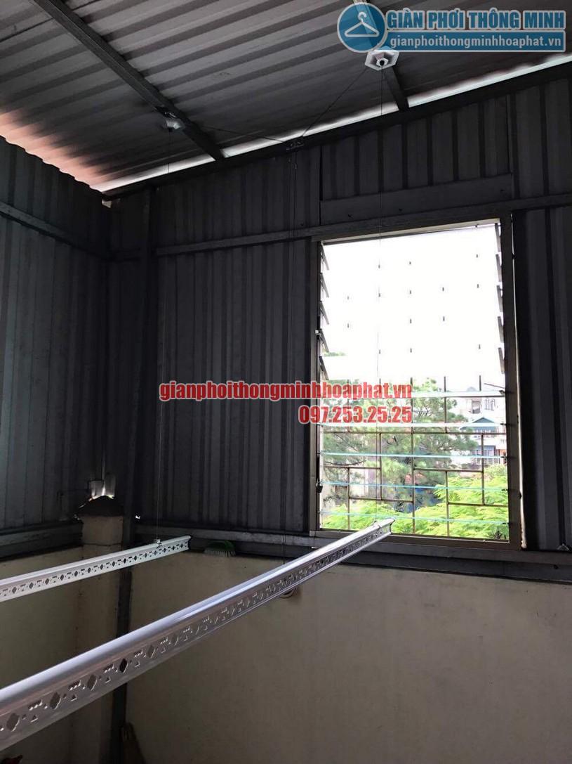 Lắp đặt giàn phơi HP990 cho trần mái tôn nhà anh Sơn ngõ 409 Kim Mã-03