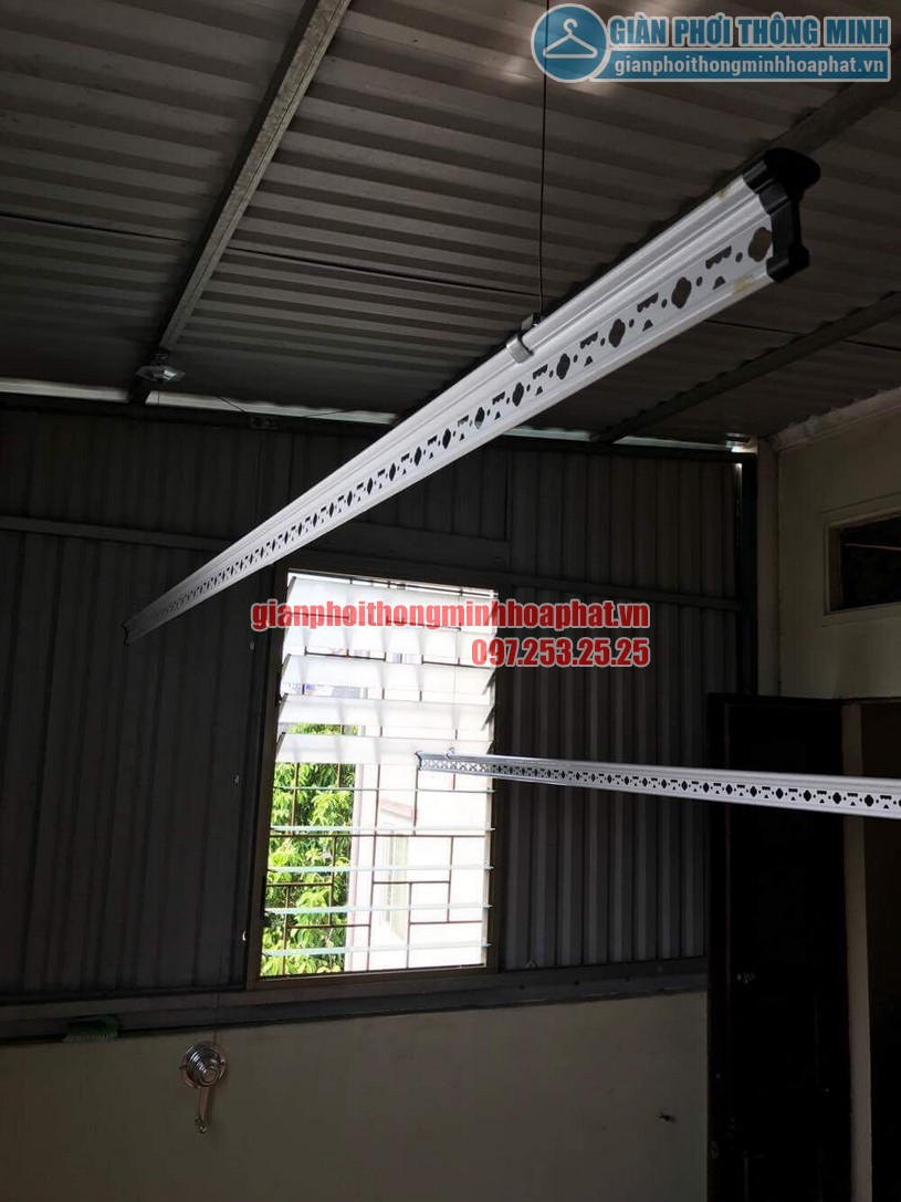 Lắp đặt giàn phơi HP990 cho trần mái tôn nhà anh Sơn ngõ 409 Kim Mã-07