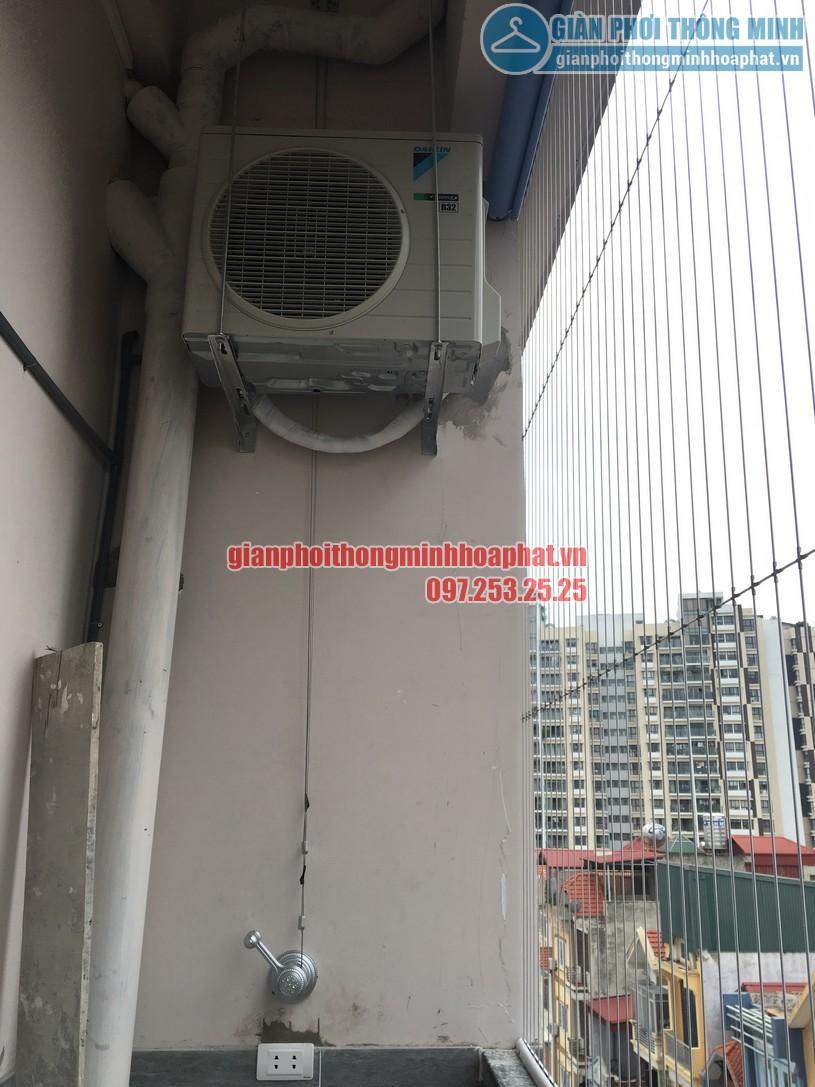 Lắp giàn phơi kết hợp lưới an toàn ban công nhà cô Phương ngõ 168 Trung Kính-01