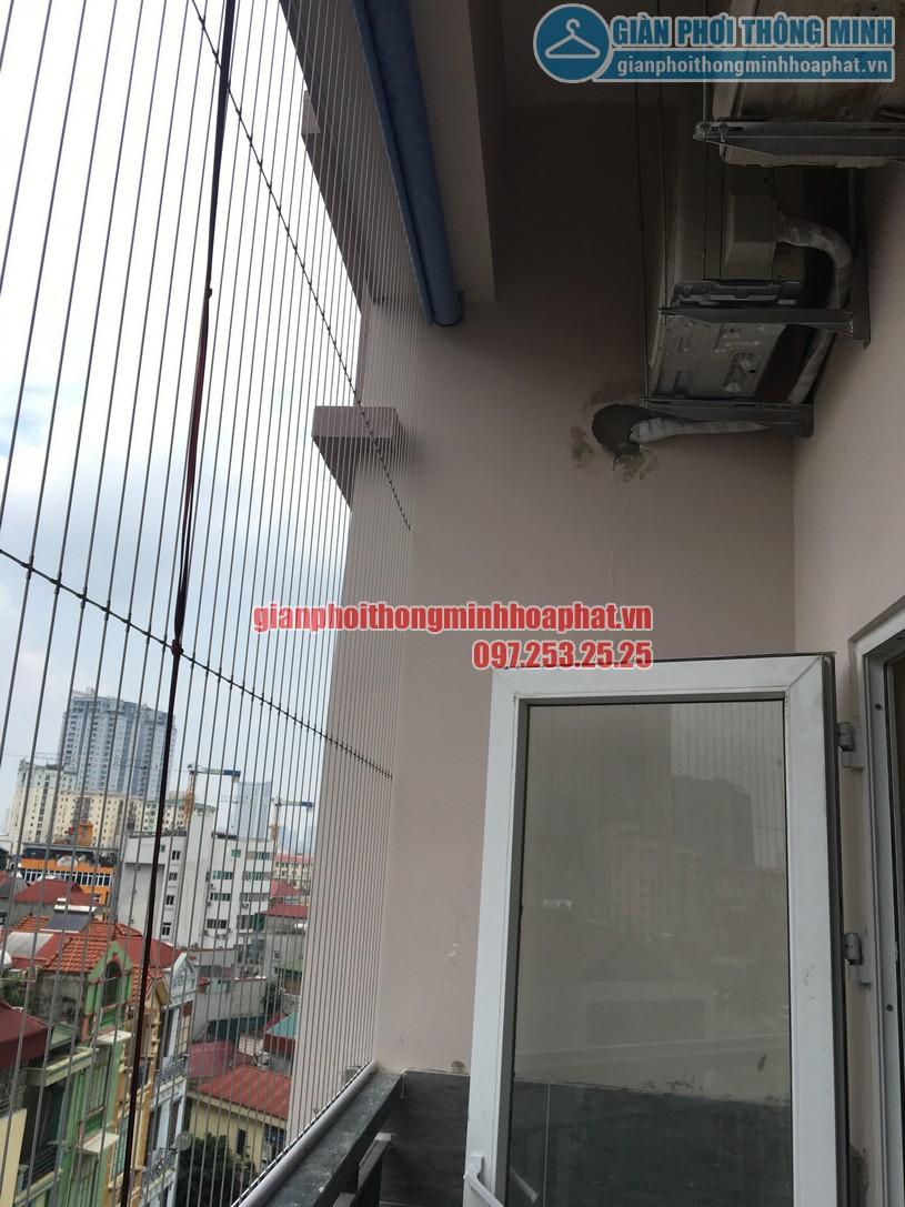 Lắp giàn phơi kết hợp lưới an toàn ban công nhà cô Phương ngõ 168 Trung Kính-05