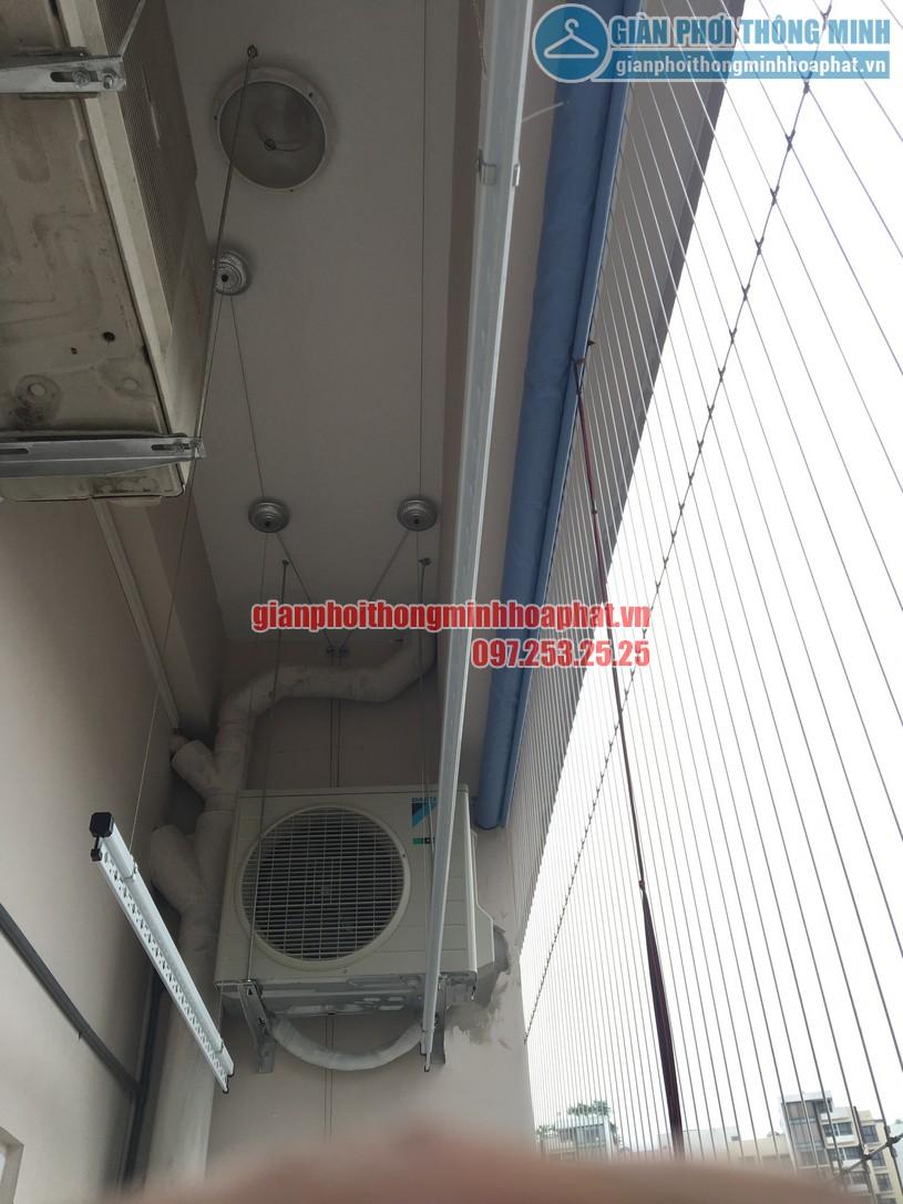 Lắp giàn phơi kết hợp lưới an toàn ban công nhà cô Phương ngõ 168 Trung Kính-08