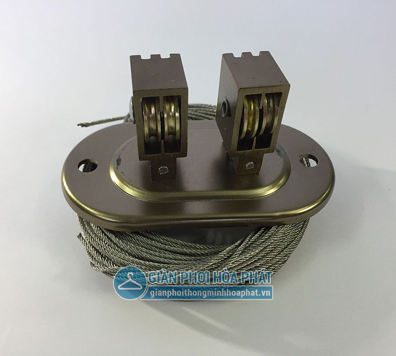 Dẫn hướng và dây cáp giàn phơi Hoà Phát HP703