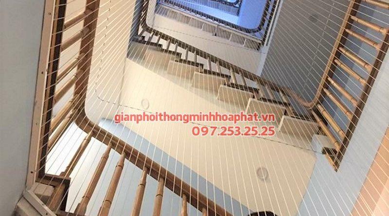 Làm lưới an toàn cầu thang cho trường mầm non Vầng Trăng phường Vĩnh Tuy