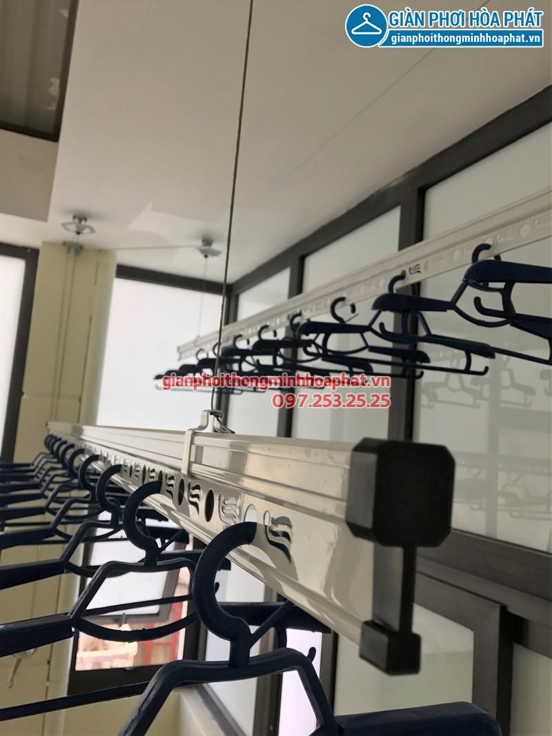 Hình ảnh thực tế bộ giàn phơi Hòa Phát HP990 nhà cô Trúc