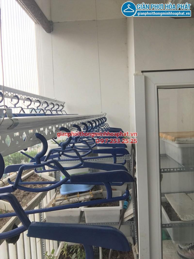 Bộ giàn phơi Hòa Phát Air 703 nhà chị Thục chung cư Sông Hồng