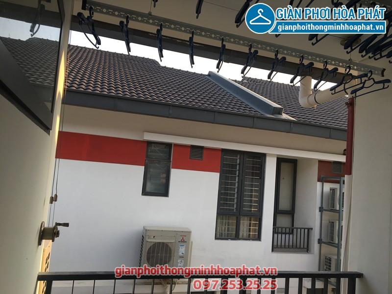 Bộ giàn phơi Hòa Phát Air HP703 nhà chị Tuyết KĐT Gamuda Gardens