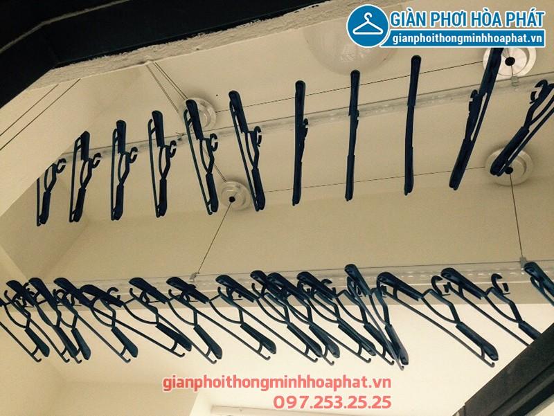 Lắp giàn phơi Quảng Ninh nhà chị Việt, bộ giàn phơi Hòa Phát HP701