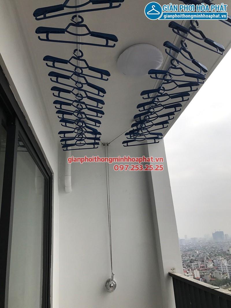 Lắp giàn phơi Hòa Phát nhà chị Tươi ở chung cư Five Star Garden số 2 Kim Giang
