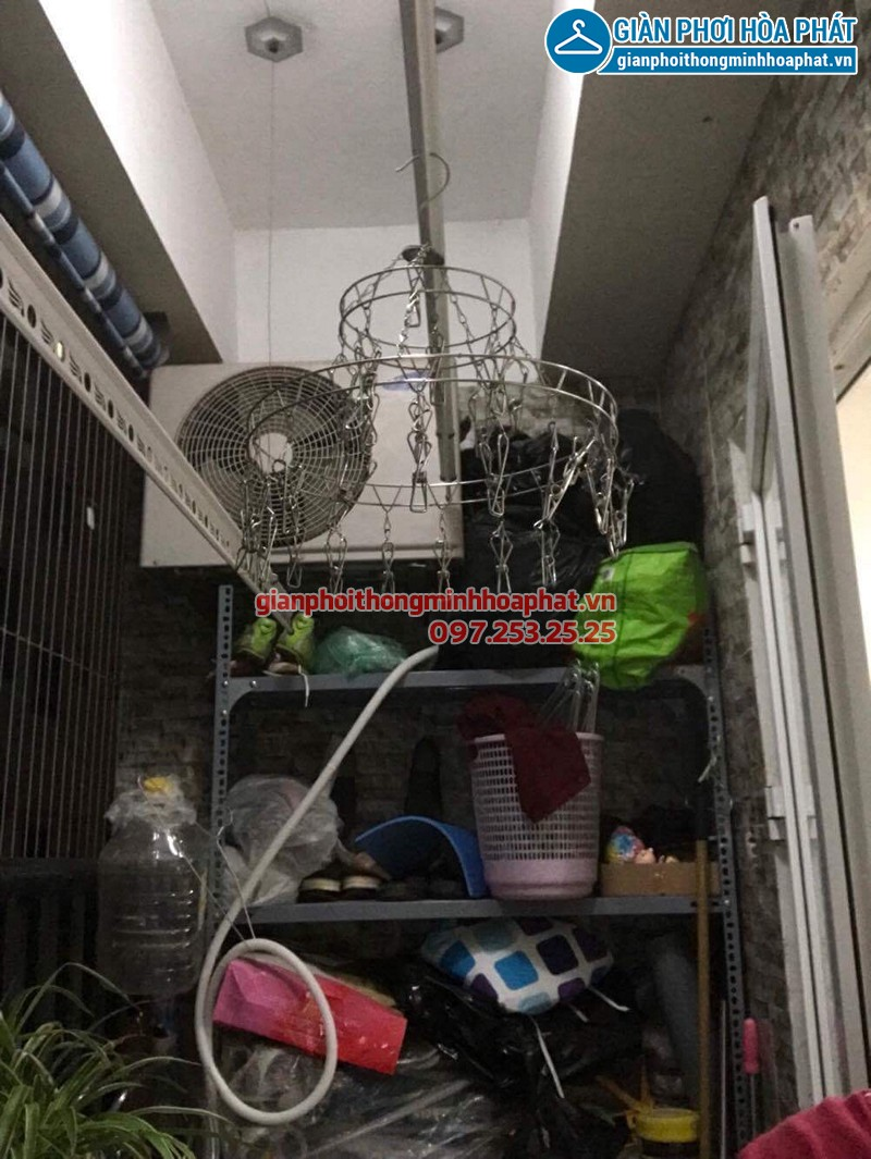 Lắp giàn phơi Thanh Xuân ở Nơ 1B Linh Đàm - KĐT Linh Đàm nhà chị Dinh