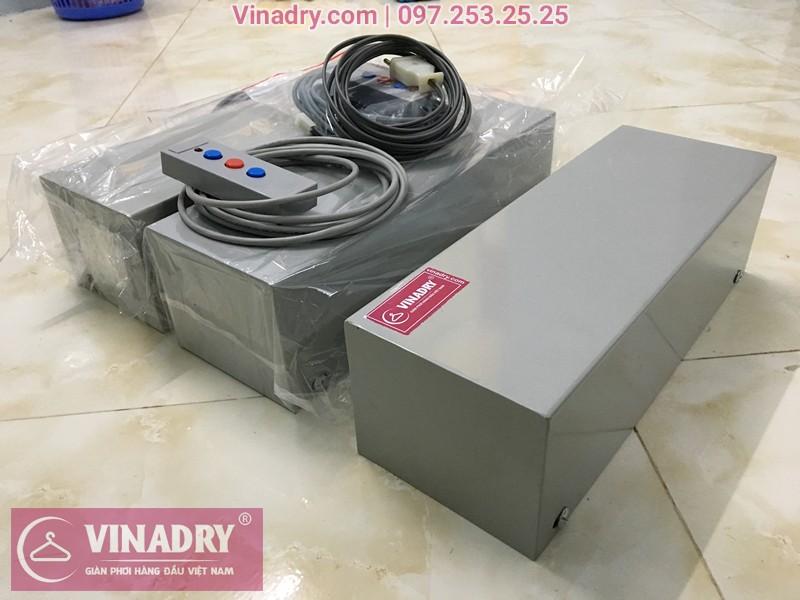 Hình ảnh thực tế của hộp máy và bảng điều khiển của giàn phơi bấm điện tự động
