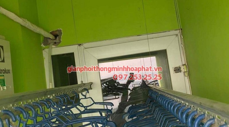 Thay dây cáp giàn phơi thông minh nhà chị Hoài ở chung cư VP3 Linh Đàm