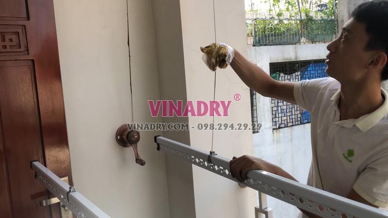 Mẫu giàn phơi thông minh tay quay liền Vinadry có thiết kế tuyệt đẹp
