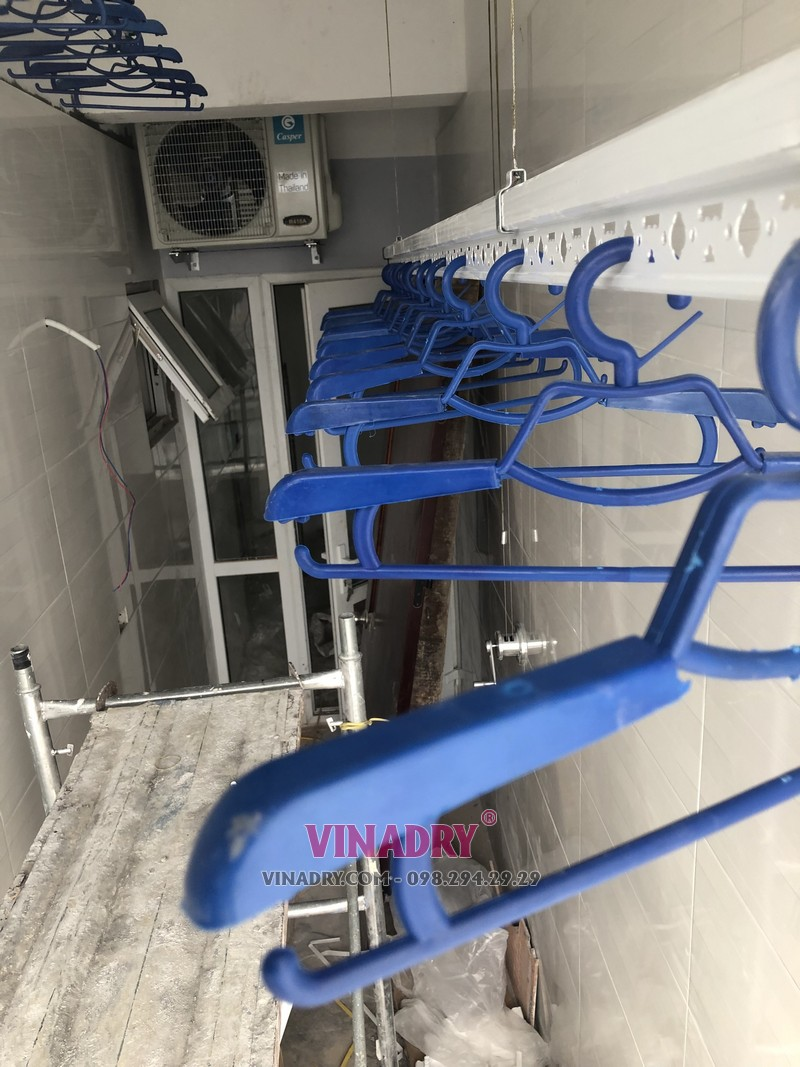 Lắp giàn phơi giá rẻ tại Hà Nội chung cư CT2 Hoàng Cầu, Đống Đa nhà chị Lan - 03