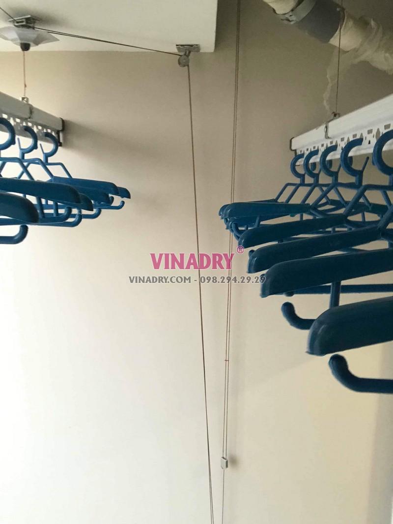 Hình ảnh dàn phơi đồ thông minh lắp tại chung cư 47 Nguyễn Tuân nhà chị Hải - 01