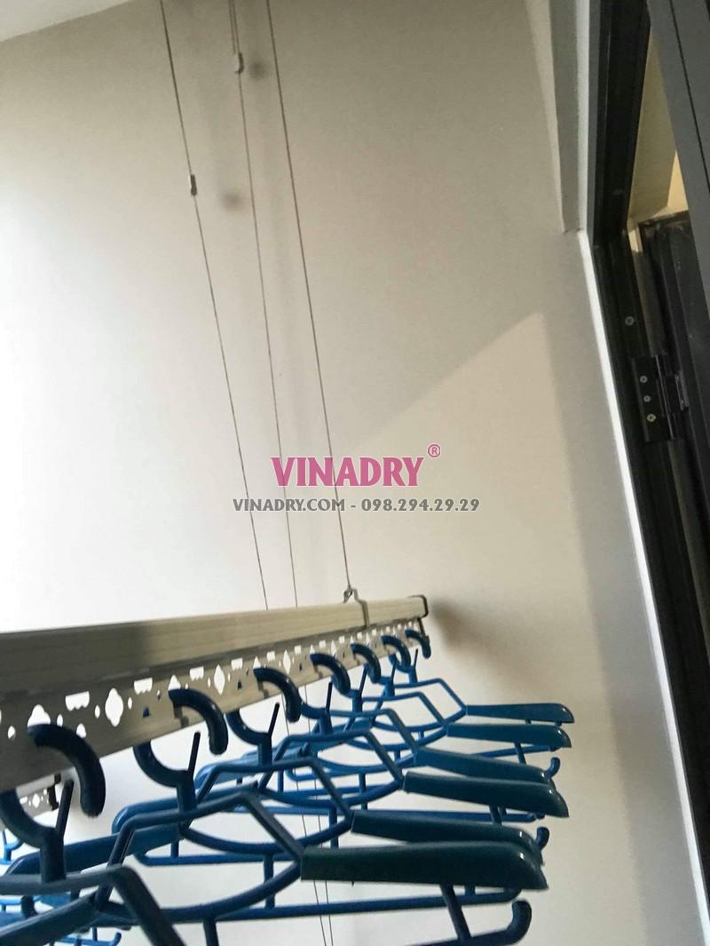 Hình ảnh dàn phơi đồ thông minh lắp tại chung cư 47 Nguyễn Tuân nhà chị Hải - 02