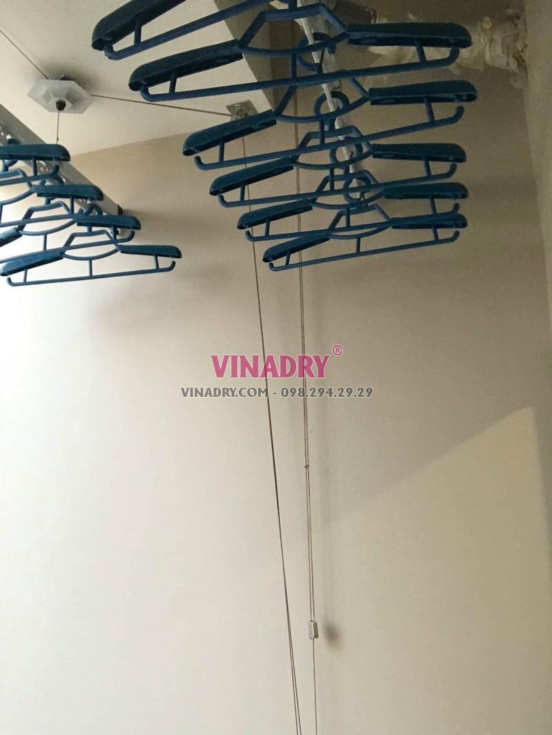 Hình ảnh dàn phơi đồ thông minh lắp tại chung cư 47 Nguyễn Tuân nhà chị Hải - 03