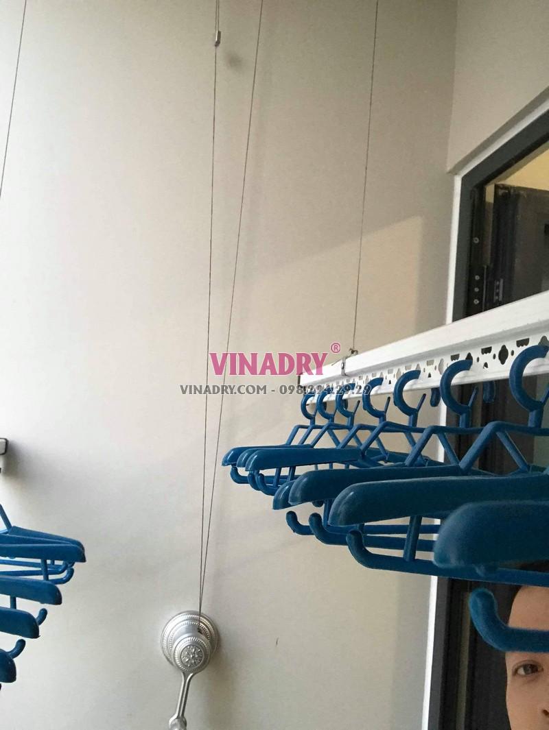 Hình ảnh dàn phơi đồ thông minh lắp tại chung cư 47 Nguyễn Tuân nhà chị Hải - 04