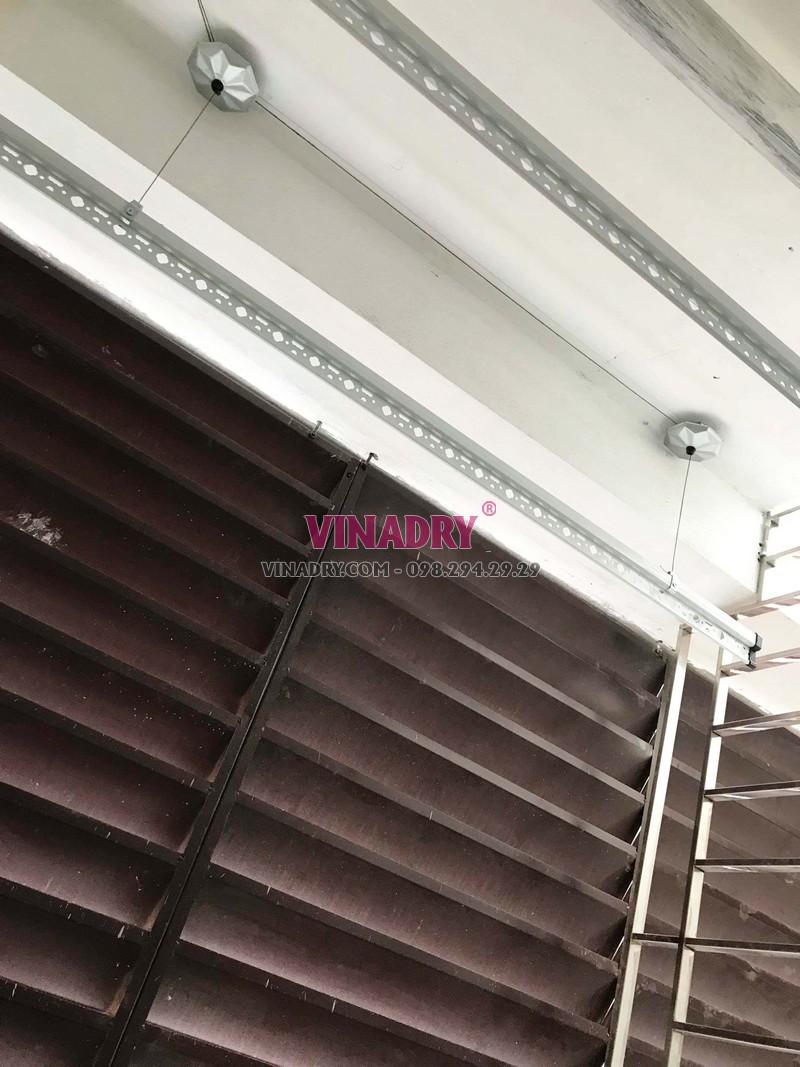 Bộ giàn phơi giá rẻ KS950 lắp đặt thực tế tại nhà chị Nhung, 171 Thái Hà, Hà Nội - 02