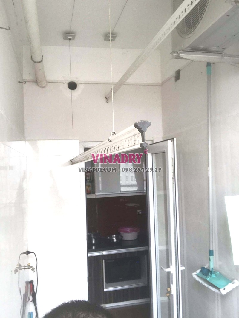 Sửa giàn phơi thông minh bị đứt dây cáp nhà chị Phúc, chung cư Golden place, Nam Từ Liêm, Hà Nội - 06