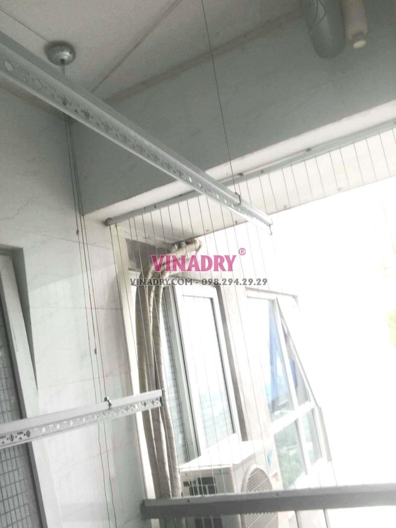 Thay dây cáp giàn phơi giá rẻ nhà chị Tiên, CT1 chung cư viện 103 - 06