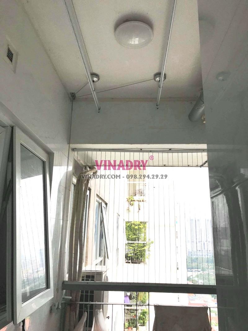 Thay dây cáp giàn phơi giá rẻ nhà chị Tiên, CT1 chung cư viện 103 - 04