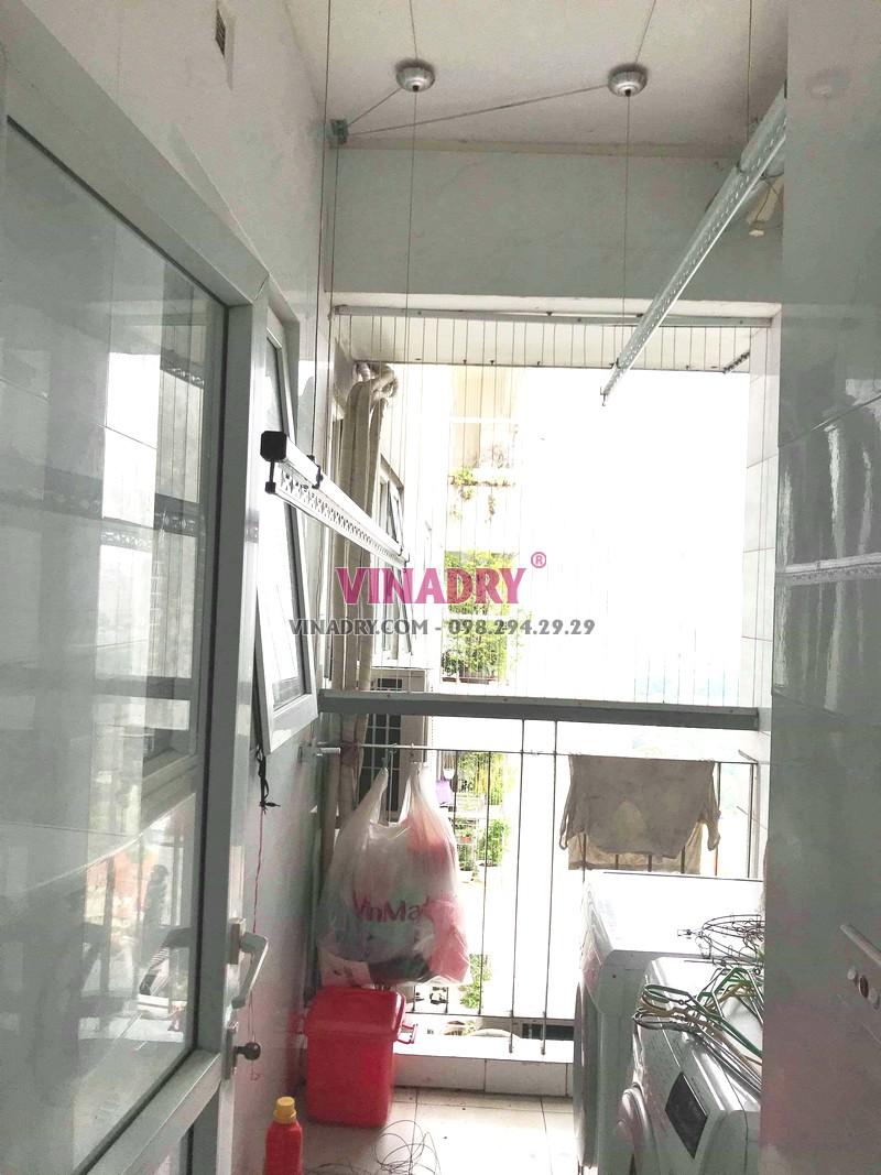 Thay dây cáp giàn phơi giá rẻ nhà chị Tiên, CT1 chung cư viện 103 - 03