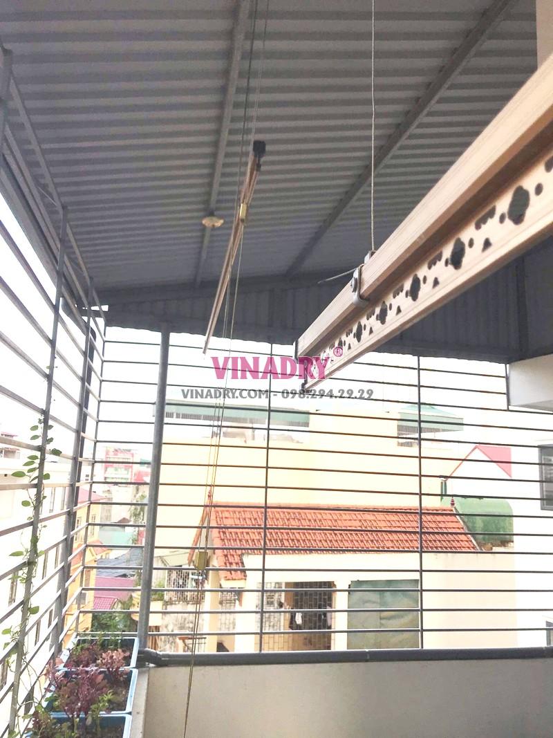 Lắp giàn phơi cho trần mái tôn nhà chú Thụy, ngõ 255 Cầu Giấy, Hà Nội - 03