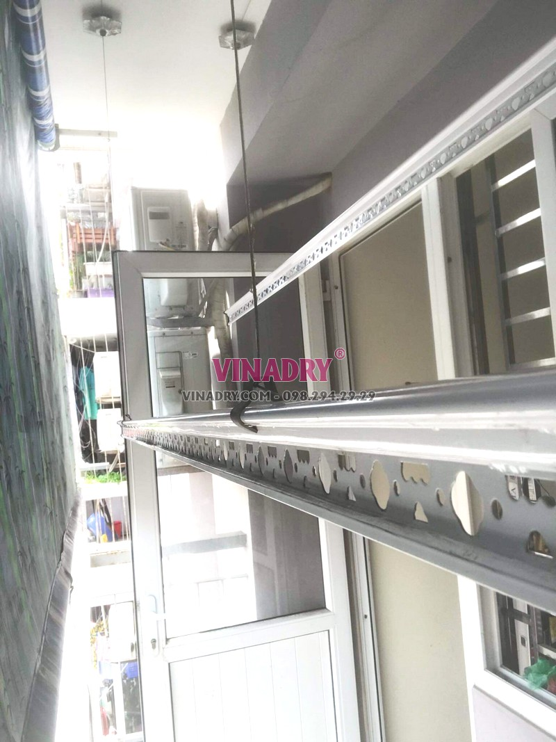 Thay bộ tời giàn phơi giá rẻ tại chung cư Z33 Ngọc Thụy, Long Biên nhà chị Minh - 01