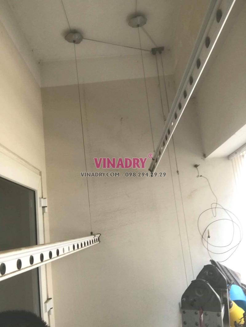 Thay dây cáp giàn phơi giá rẻ tại Hà Đông nhà anh Toán, tòa HH2E Dương Nội - 03
