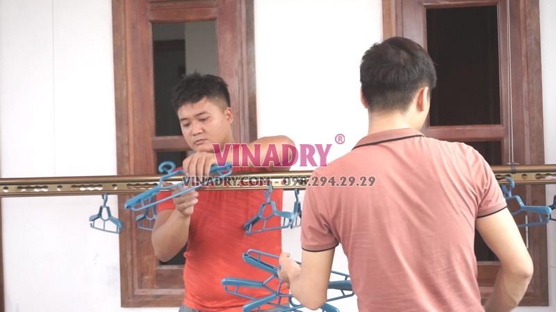 Quy trình lắp giàn phơi Thanh Xuân tại nhà chú Thu - 05