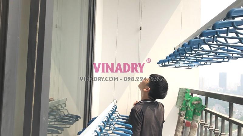 Lắp giàn phơi thông minh tại Vinhomes Green Bay Mễ Trì nhà anh Tùng bộ Vinadry GP902 - 02