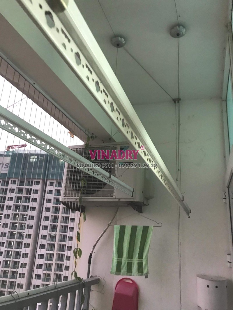 Sửa giàn phơi tại Gia Lâm nhà chị Quy, chung cư đường An Đào C lỗi đứt cáp - 04
