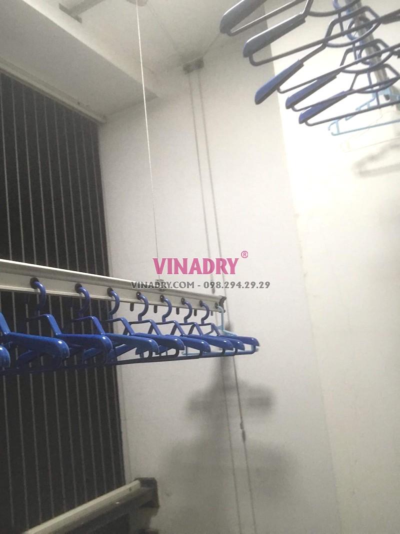 Thay dây cáp giàn phơi giá rẻ tại Times City nhà chị Hoài, tòa T2 - 03