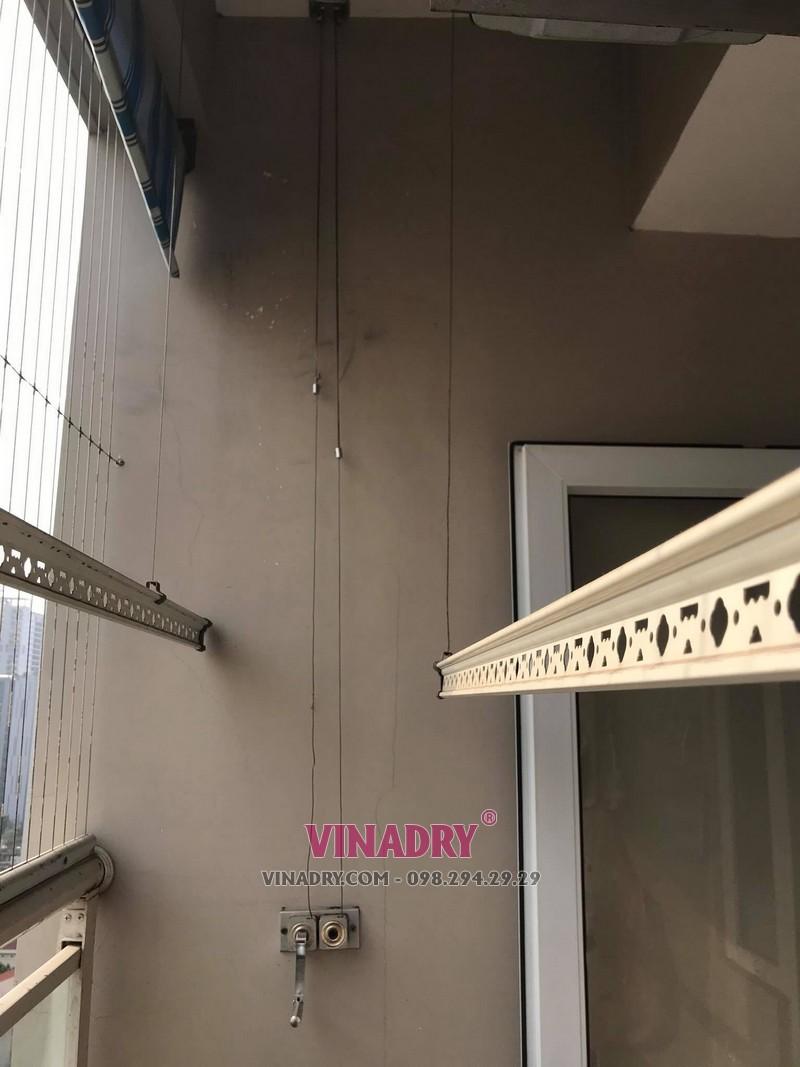 Sửa giàn phơi thông minh tại Thanh Xuân: thay dây cáp giàn phơi nhà chị Hoa, Chung cư 17T3 HAPULICO, cổng số 4 - 4