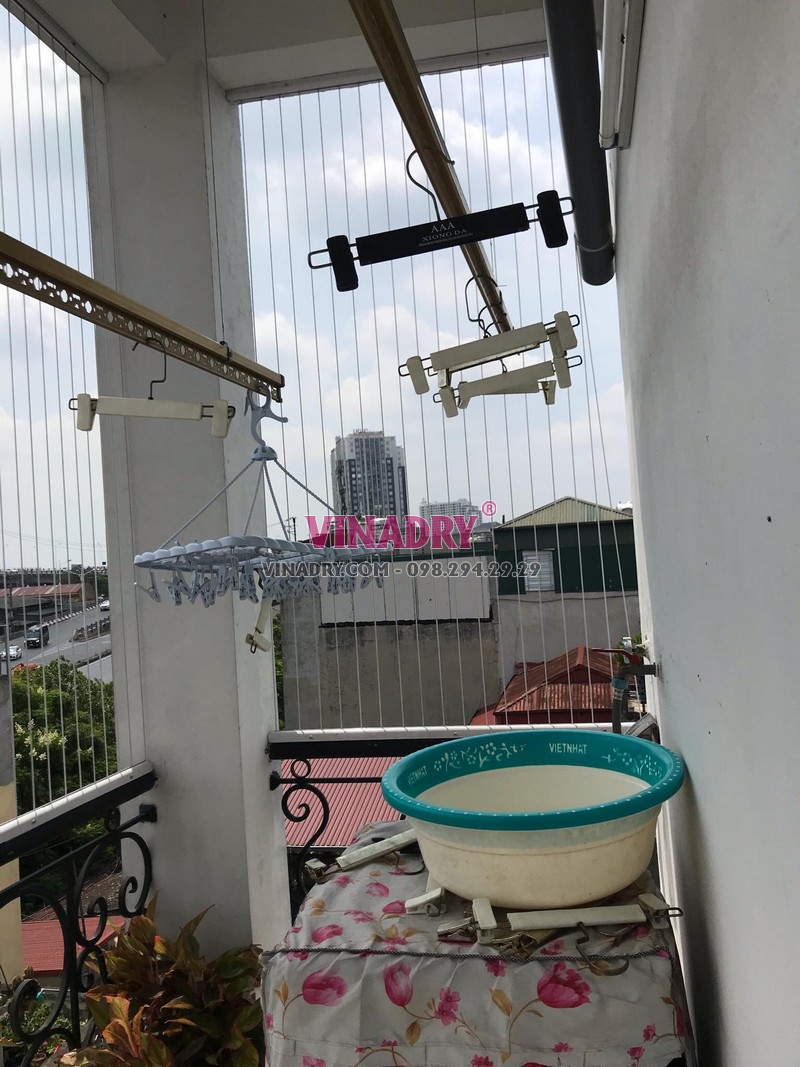 Thay toàn bộ dây cáp giàn phơi tại nhà chị Mai ở 360 Nguyễn Khoái, Hai Bà Trưng, Hà Nội