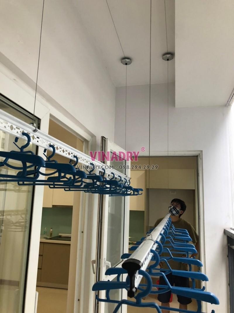 Lắp giàn phơi thông minh Hòa Phát KS950 nhà anh Hùng, chung cư Times Tower, Thanh Xuân, Hà Nội - 01